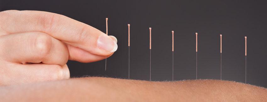 "Akupunktur - ""Panta rhei – Alles fliesst"" TCM PRAXIS Karin Sandmaier TCM Praxis Erlinsbach Karin Sandmaier Brühlstrasse 77 5018 Erlinsbach AG Telefon: 076 343 88 44 E-Mail: info@akupunktur-heilkraeuter.ch"